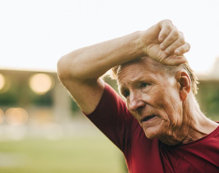 Síntomas de las enfermedades respiratorias minoritarias: DAAT, Dificultad para respirar y pitidos, y en algunos casos tos con expectoración o seca.