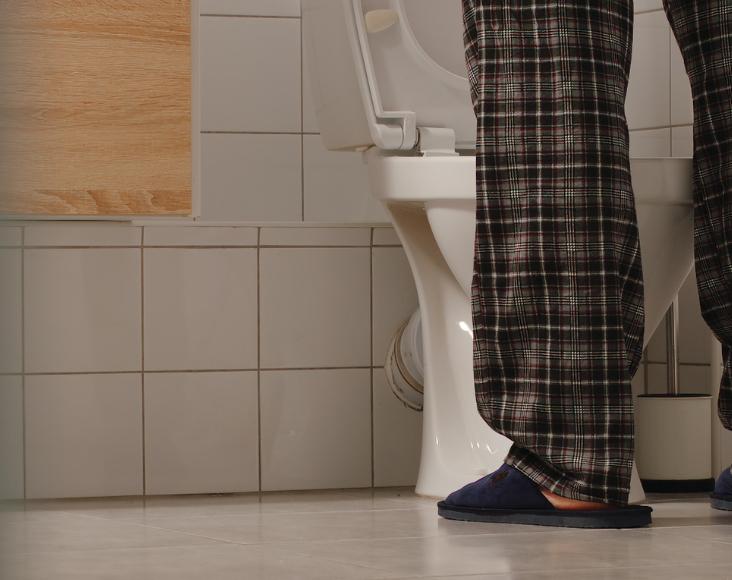 Síntomas de la apnea del sueño: Visitas frecuentes al baño