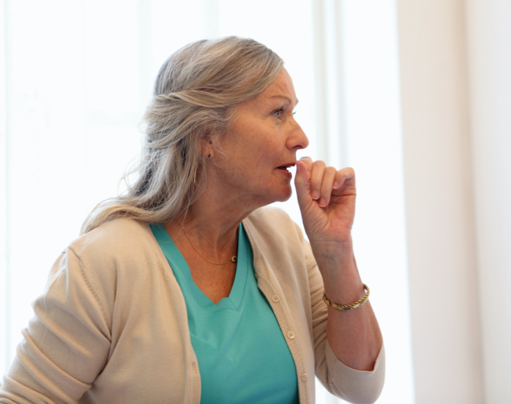 Síntomas de la tuberculosis: Tos y expectoración prolongada